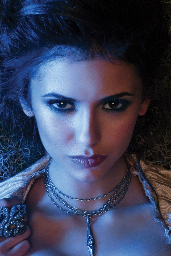 Nina Dobrev (Elena-Gilbert) The Vampire Diaries