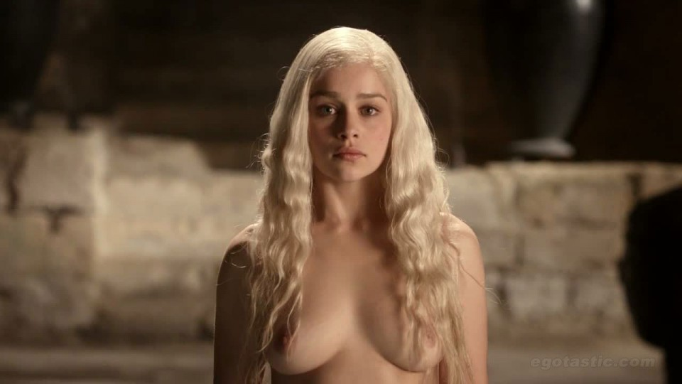 Emilia Clarke ( Daenerys Targaryen ) Game of Thrones Actress Naked Pictures